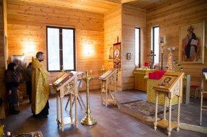 В храме Тихвинской иконы Богородицы с.Путилово поднят купол на колокольню