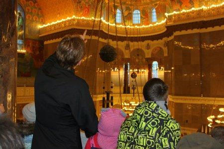 Приход храма святителя Николая организовал поездку в Кронштадт