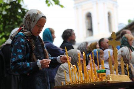 Глава комиссии ОПРФ по благотворительности Александр Ткаченко призвал петербуржцев «позаботиться» о жителях Ленинградской области