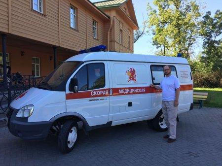 Саратовской больнице №10 была передана машина скорой помощи для паллиативных больных