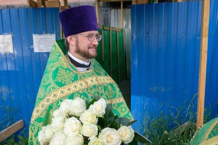 Митрополит Варсонофий совершил Божественную литургию в храме Сошествия Святого Духа