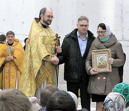 Настоятель собора поздравил прихожан